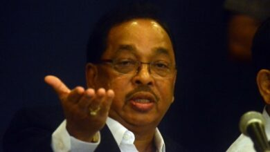 Photo of BJP's Narayan Rane calls Thackeray a 'buddhu' Chief Minister