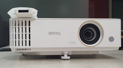 BenQ TH585 home projector: Still watching IPL on TV?