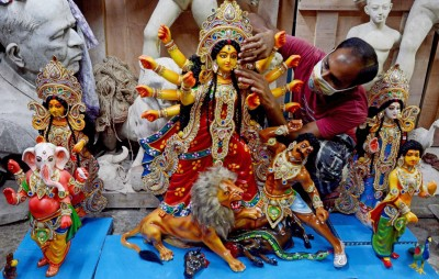 Bengalis favourite Durga Puja pandal-hopping goes virtual