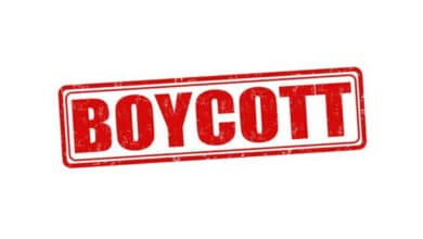 Photo of Muslims call for French goods boycott to protest caricatures