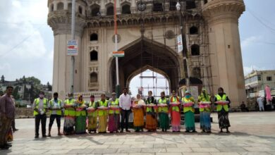 Photo of Against all odds, sanitation workers risk lives to keep Charminar clean