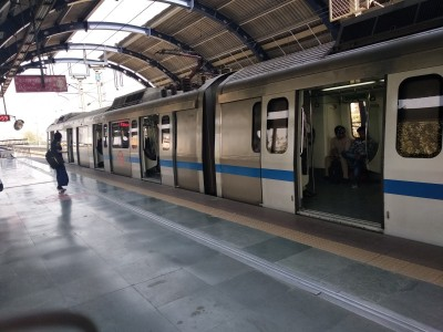 DMRC flags increased footfall, requests commuters to stagger timings