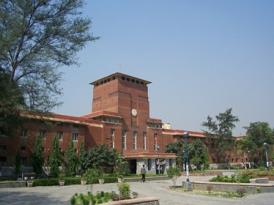 Day after chaos, DU's pro-VC removed