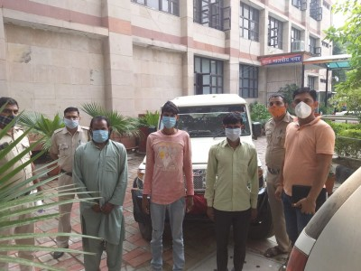 Delhi contractor held hostage in UP rescued, 3 held
