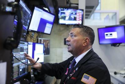 Dow drops over 400 points amid stimulus talks, coronavirus concerns