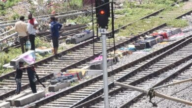Photo of Displaced Hyderabad flood victims forced live on railway tracks