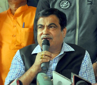 Gadkari unhappy with NHAI officials over project delays