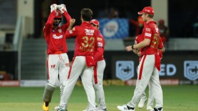 Photo of Gayle becomes first to hit 1,000 sixes in T20 cricket