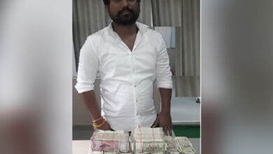 Photo of Rs 50 lakh illegal Hawala money seized in Hyderabad, one held