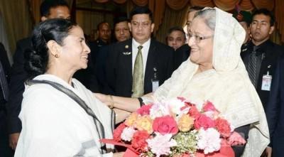Hasina sends gifts to Mamata for Durga Puja