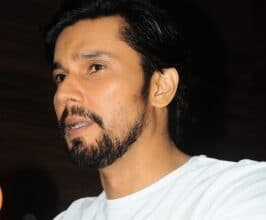 Photo of Help pours in for B'luru old man after actor Randeep Hooda's appeal