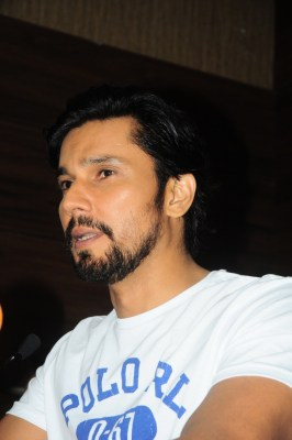 Help pours in for B'luru old man after actor Randeep Hooda's appeal