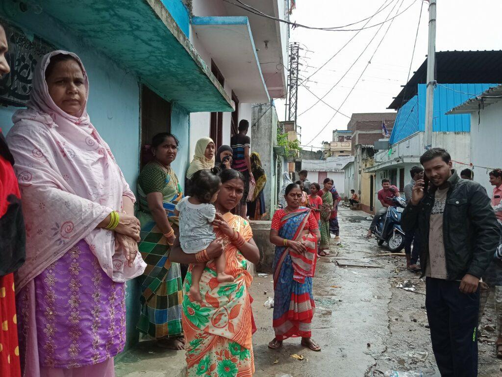 हैदराबाद बाढ़: डर के साए में जी रहे पीड़ित  ! 1