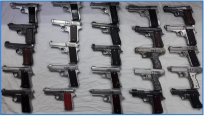 Inter-state arms supplier arrested, 25 pistols seized