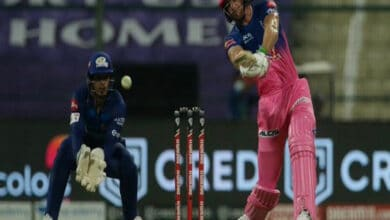 Photo of Jos Buttler: Frustrating defeat against MI but love playing in IPL