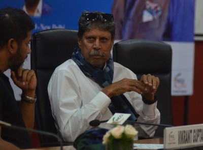 Kapil Dev has successful emergency coronary angioplasty: Fortis Hospital (Ld)