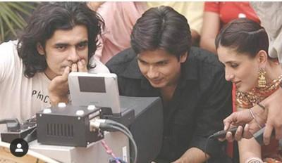 Kareena shares pic with Shahid Kapoor, Imtiaz Ali from 'Jab We Met' set
