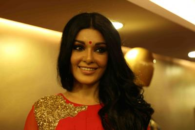 Koena Mitra alleges Twitter is shadow banning her for her opinions