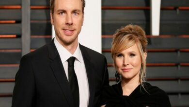Photo of Kristen Bell says she stands by Dax Shepard after relapse