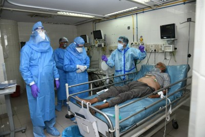 Maha Covid-19 deaths, cases drop; cure rate up