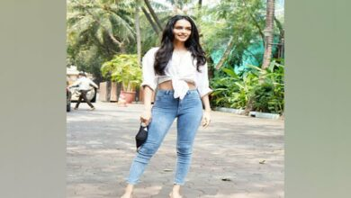 Photo of Manushi Chhillar begins shooting for YRF's 'Prithviraj'