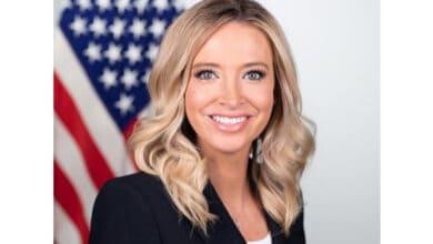 Photo of White House press secretary tests COVID positive