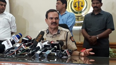 Mumbai Police bust TRP ratings, Republic TV among 3 probed (Ld)