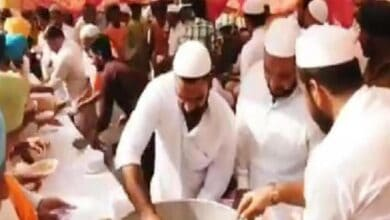 Photo of Muslims arrange food for farmers protesting against farm bill in Punjab