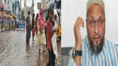 Photo of AIMIM party men said to be resisting help in flood-hit areas of Old City