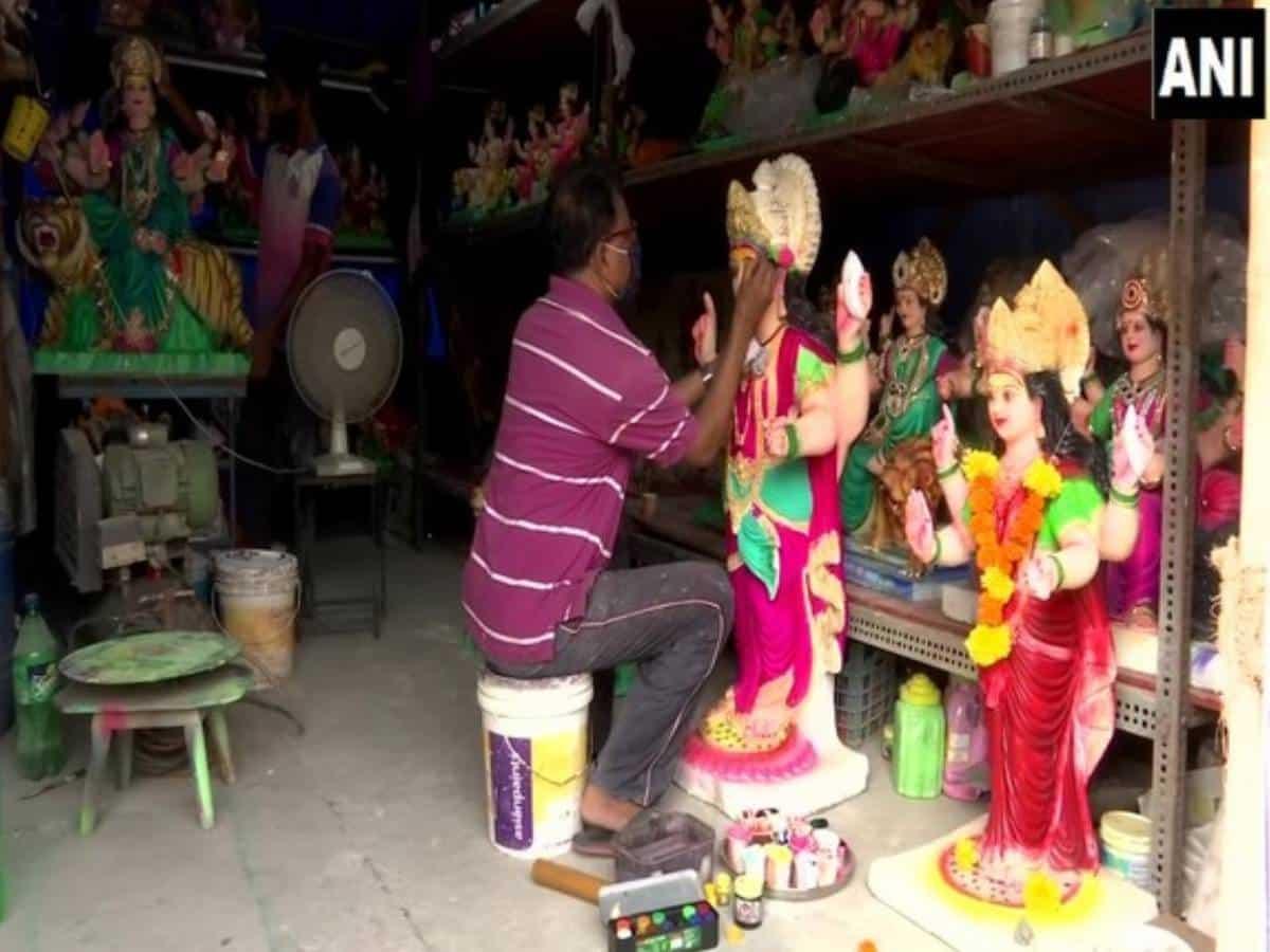 Maharashtra idol makers struggle as sales plummet