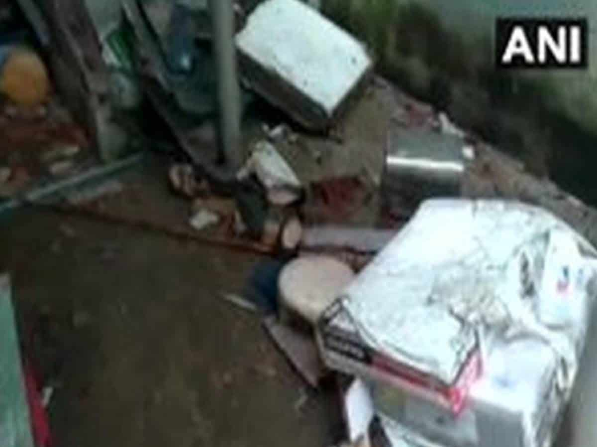 6 people injured in gas cylinder explosion in Visakhapatnam