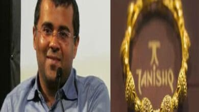 Photo of 'You do not have to buy their jewellery': Chetan Bhagat on Tanishq ad opposers