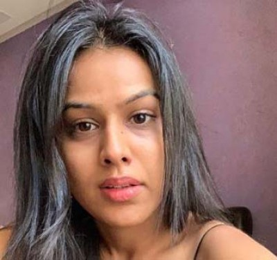 Nia Sharma's handbag stolen from her car