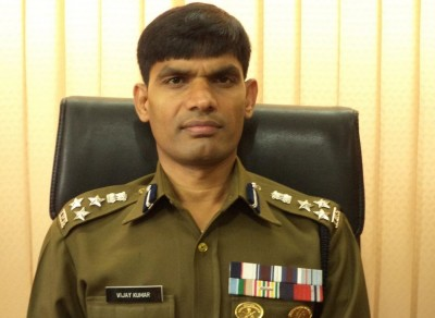 No weapons snatched in terror attack: IGP Kashmir