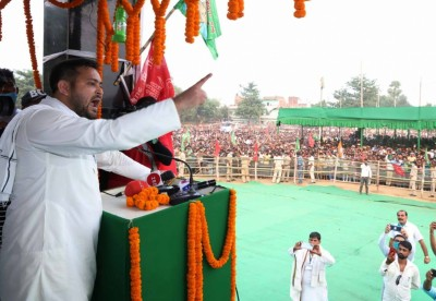 PM Modi selectively addressed issues of Bihar: Tejashwi