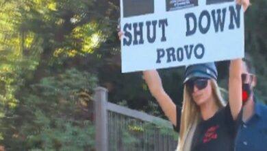 Photo of Paris Hilton leads protest for closure of Provo Canyon School