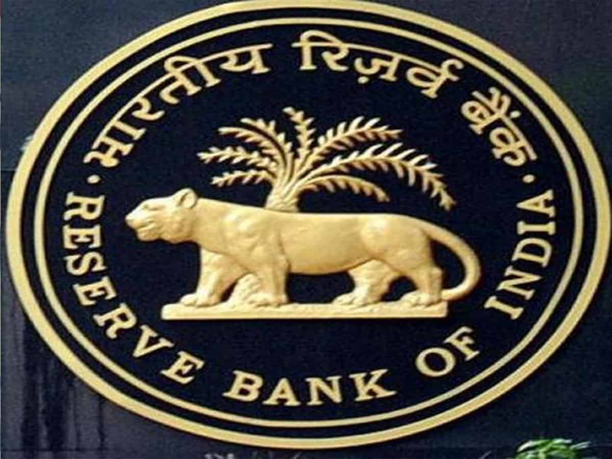 India's current account balance records surplus of USD 19.8 billion in Q1