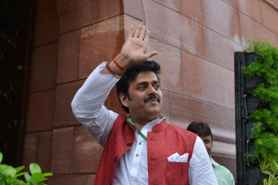 Ravi Kishan wants separate Censor Board for Bhojpuri films