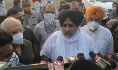 Ruling Congress played fraud with farmers: Sukhbir Badal