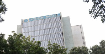 SBI Card's bad loans surge amid pandemic