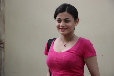 Sneha Ullal: Comparisons with Aishwarya Rai didn't bother me