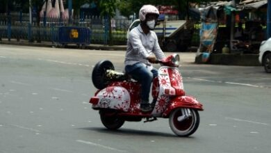 Photo of Two-wheeler riders without helmet to face strict action in K'taka