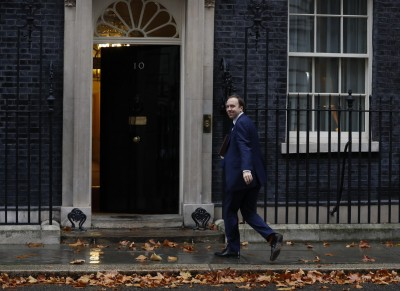 UK Health Secy accused of flouting 10 pm curfew: Report