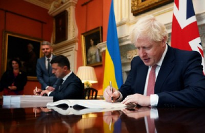 UK, Ukraine sign deal to boost political, trade ties