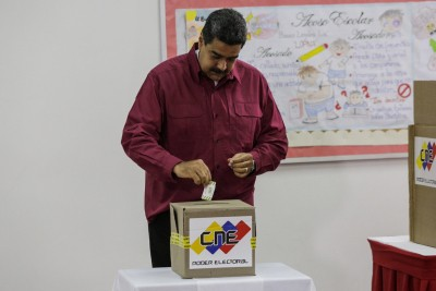 Venezuela's National Electoral Council unveils new voting machine