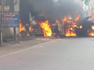 Violence in Munger again, SP office, police station attacked (Ld)