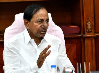 Will fight even with God for farmers: KCR