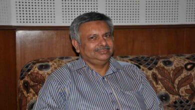 Photo of Prof Kidwai digs deep into Sir Syed's journalism, corrects misconceptions