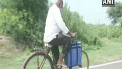 Amid COVID, 87-year-old doctors reaches village on a bicycle
