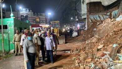 Photo of Yet another dilapidated building collapses in old city